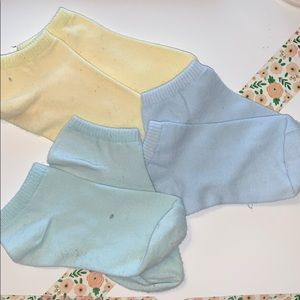3 pairs of pastel colored socks